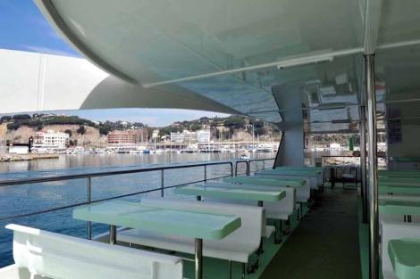 Catamaran para celebrar eventos teambuilding