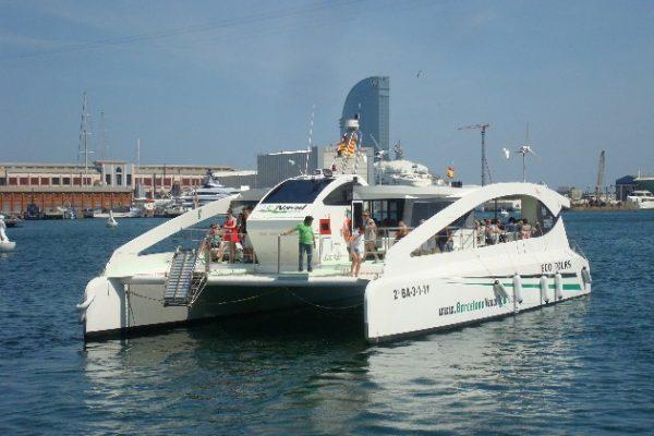 Catamarán para eventos teambuilding
