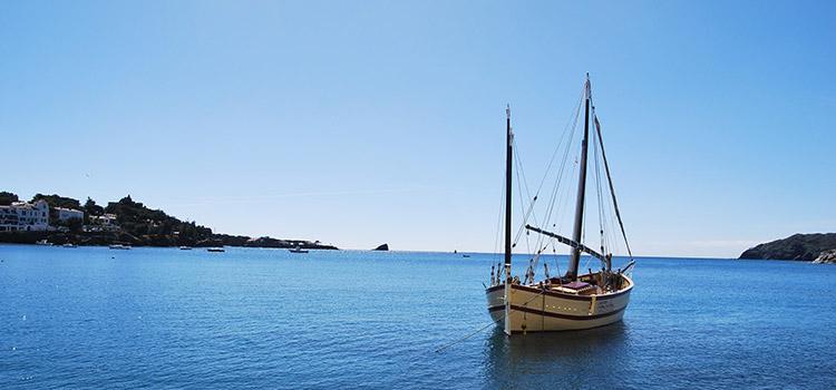 charter náutico clásico en barcelona